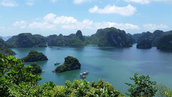 Hanoi & Halong Bay Day Trip